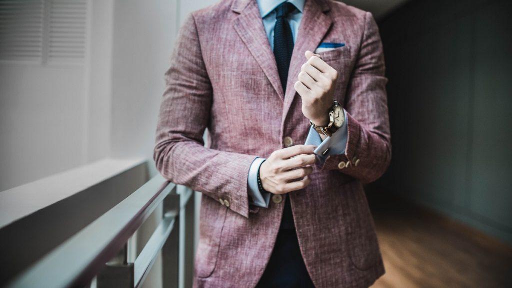 スーツの買取では状態が良いことが求められる