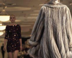 上質な毛皮のコート