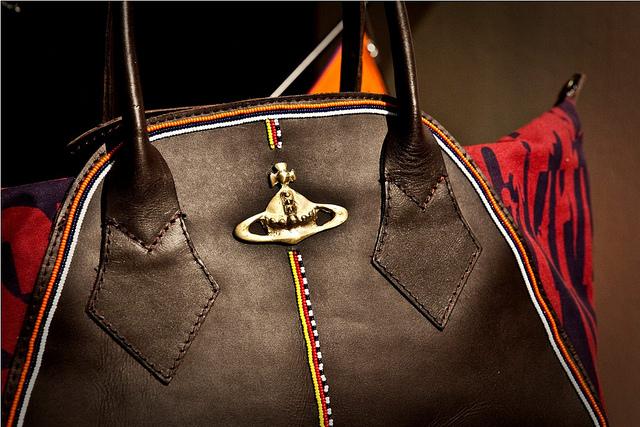ヴィヴィアンウェストウッドのバッグ