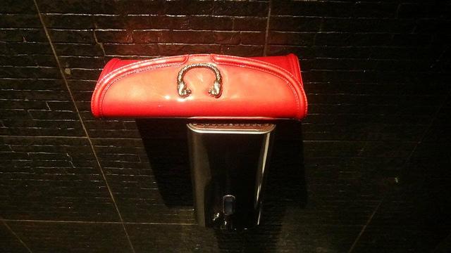 セルペンティーシリーズのバッグ