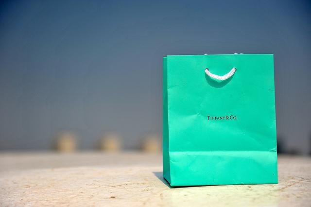 TIFFANYのショッピングバッグ
