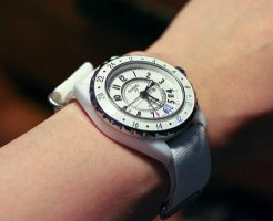 高級時計が値下げ傾向!?時計の相場と買取の関連性について