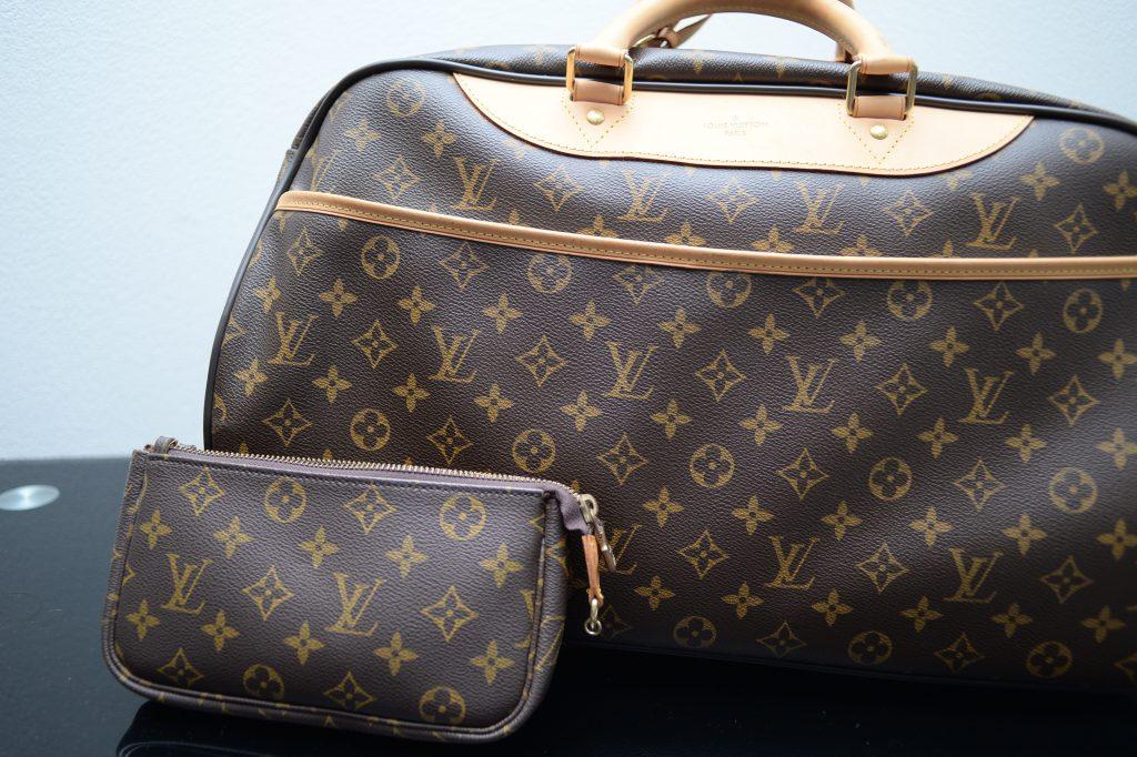 ヴィトンのバッグや財布