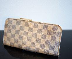 ヴィトンアズールの長財布