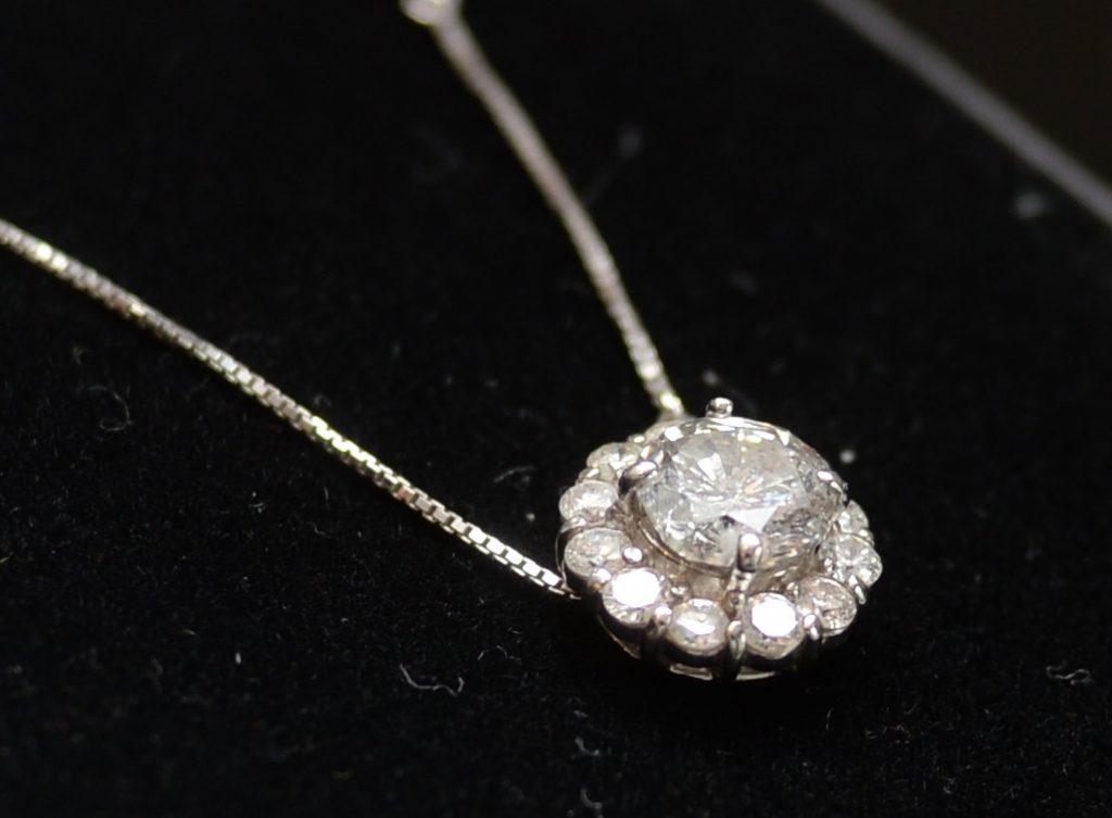 2.0カラットのダイヤモンドネックレス
