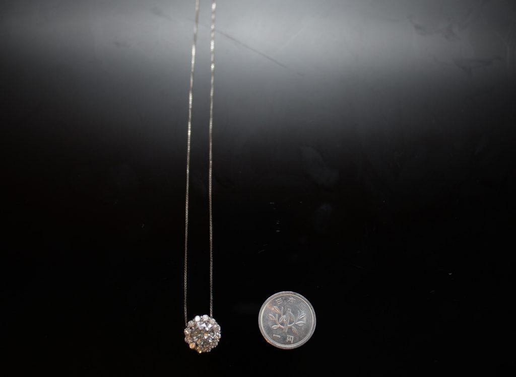 1円玉との大きさを比較