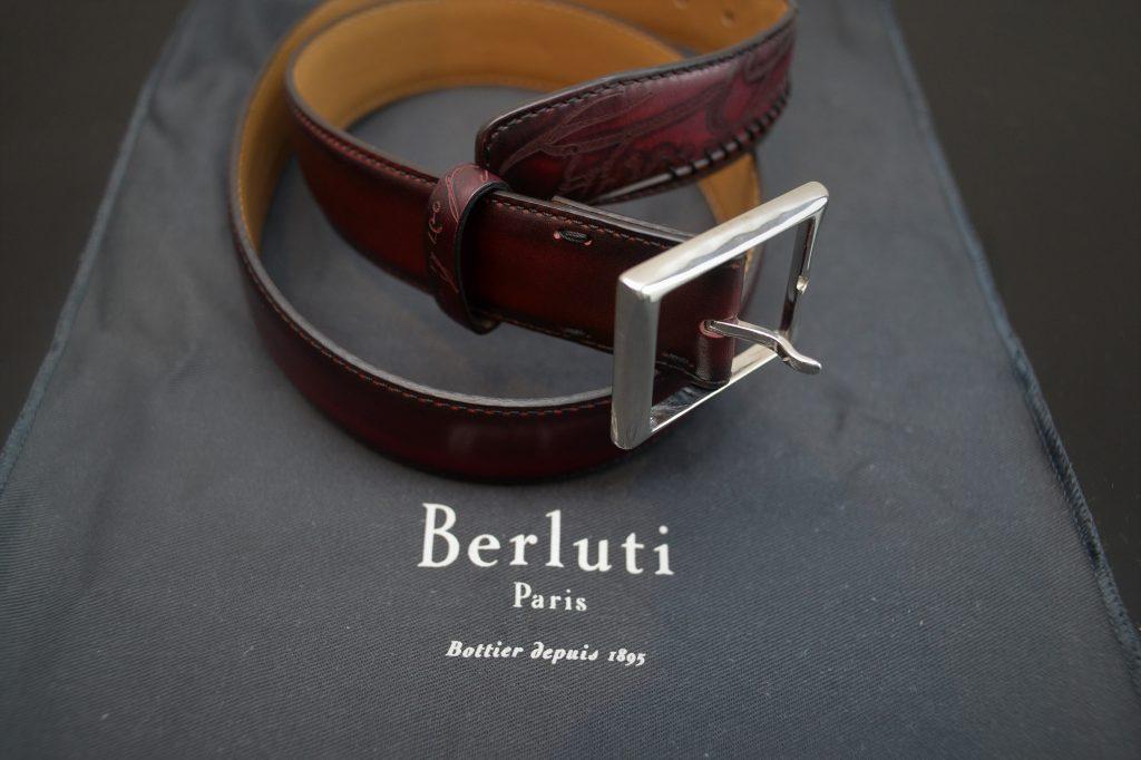 ベルルッティの革ベルト