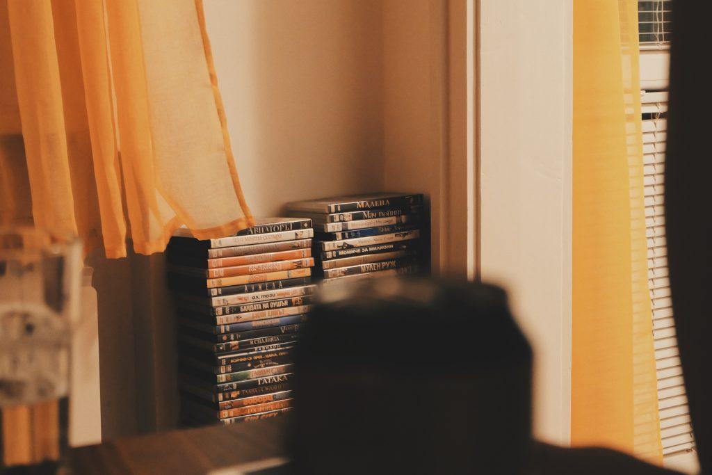 CDやDVDは宅配買取で気軽に処分