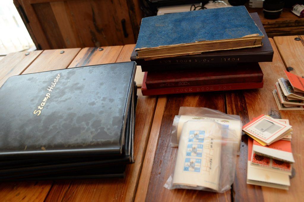 古い切手ファイル全部